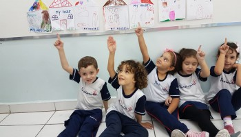 Infantil I - English class: My house